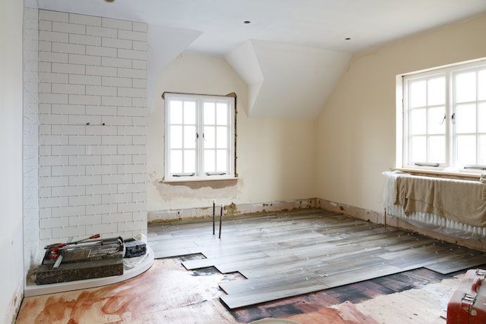 Bathroom refit tiling